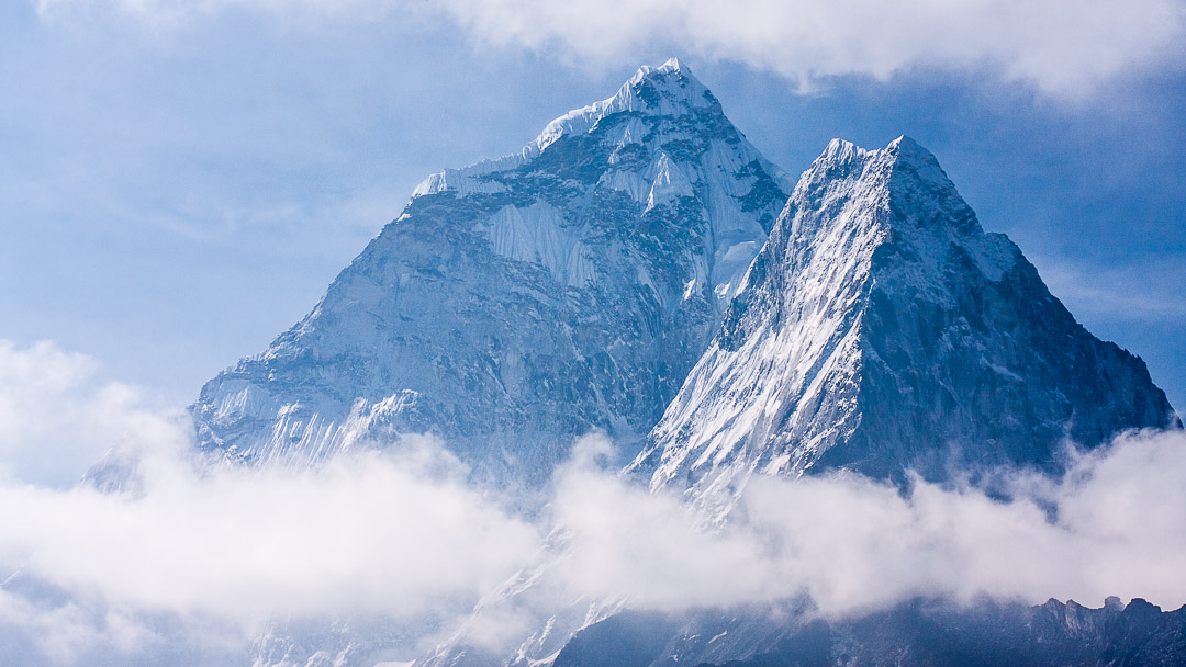 China Remeasure the Altitude of Mt.Everest